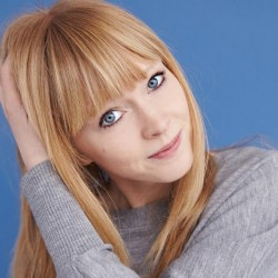 lucy rose press photo